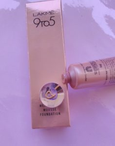 IMG 20180304 134126 236x300 Lakme 9 To 5 Weightless Mousse Foundation Review