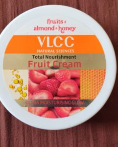 VLCC fruit cream1 241x300 VLCC Total Nourishment Fruit Cream Review
