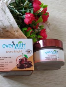 Everyuth scrub 229x300 Everyuth Naturals Tan Removal Scrub Review