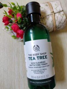 Body shop tea tree toner1 225x300 The Body Shop Tea Tree Mattifying Toner Review